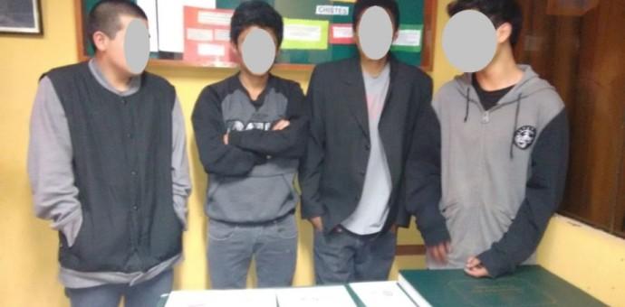 Cuatro menores son intervenidos por consumir marihuana en plena vía pública