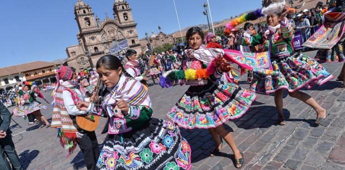 Ellos fueron los que tuvieron apoteósicas presentaciones en las fiestas del Cusco 2016 y fueron premiados