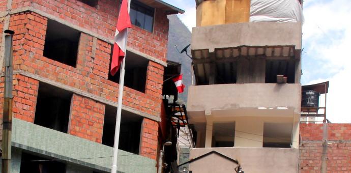 Municipalidad de MachuPicchu ordena la demolición de edificio de 7 pisos