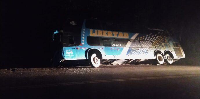 Siete personas heridas deja el despiste de un bus de la empresa de transportes Libertad