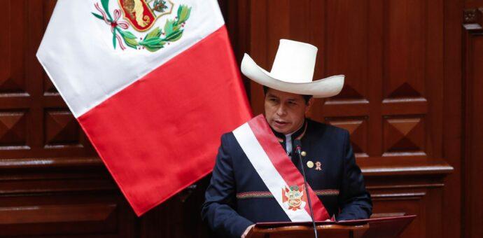 Presidente Castillo: se vacunará a toda la población en el menor de tiempo posible