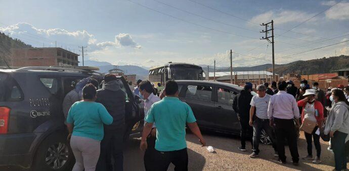 Choque frontal de dos vehículos en jurisdicción de la provincia de Anta deja 6 heridos